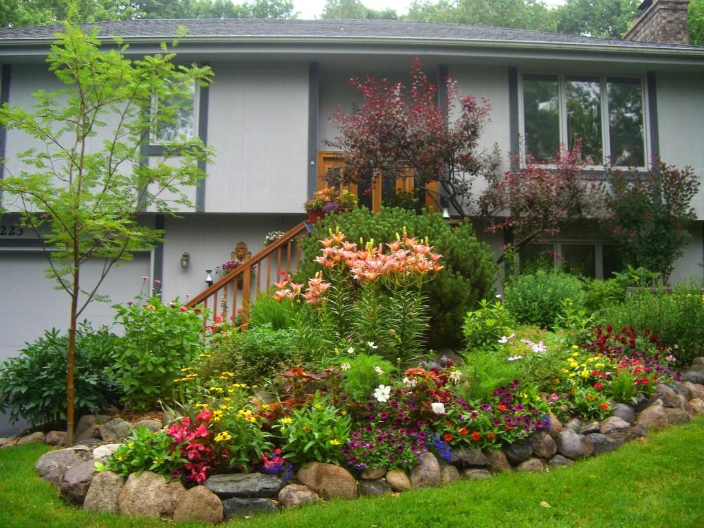 2014 Front garden